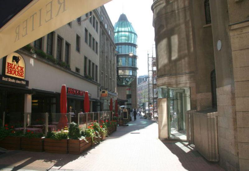 Wir vermitteln für Sie Gewerbeflächen: Büros, Praxen und Einzelhandel