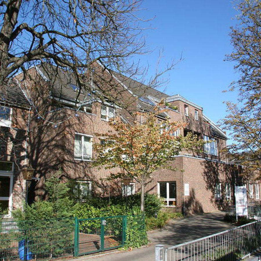 Meerbusch-Büderich - Hausansicht Moerser Str. 83